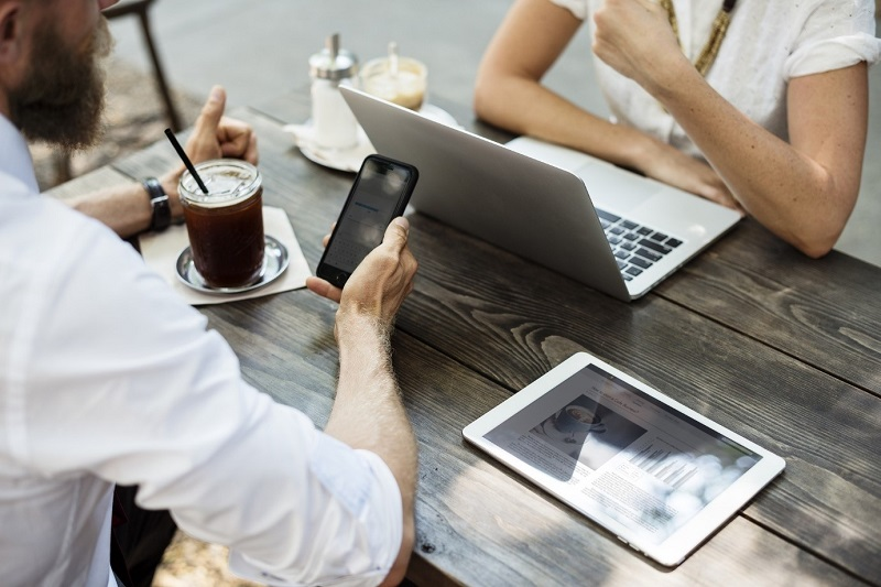 Don't Trust Unsecured Wi-Fi! (Or, Five Things Not To Do When Using A Public Connection)